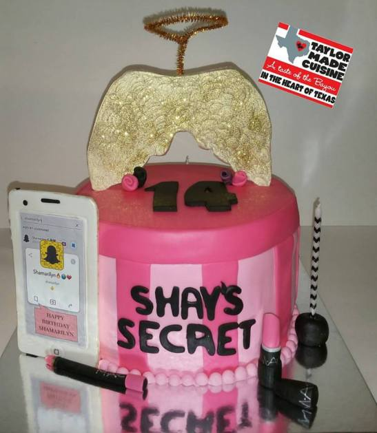 Victoria Secret Themed Cake