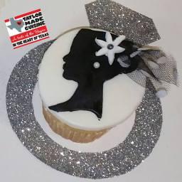 Silhouette Wedding Cupcakes
